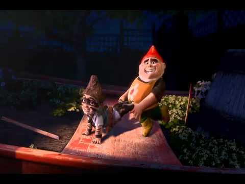 Gnomeo e Giulietta - TRAILER ITA - YouTube | 480 x 360 jpeg 11kB