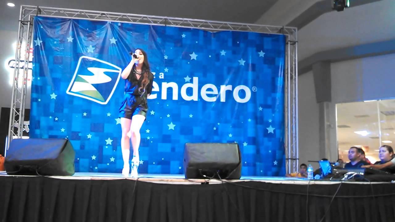 Danna Paola Canta 'Todo Fue Un Show' [Reynosa,Tamps] (Parte 2) 27-06-15
