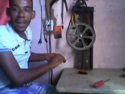 f8f74234369 Baiano gerador eolico caseeiro com pecas de moto - YouTube