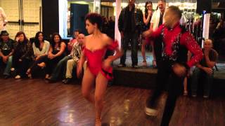 Omambo - Omar & Nina - show at Stevens Steak House