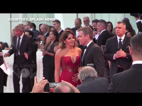 Matt Damon Kisses Wife Luciana Barroso At 2017 Venice Film Festival Red Carpet