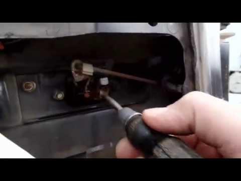 Как открыть заблокированную заднюю дверь в паджеро пинин и отремонтировать своими руками