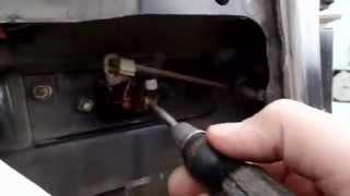 Как открыть заблокированную заднюю дверь в паджеро пинин и отремонтировать своими руками(, 2015-04-21T17:35:33.000Z)