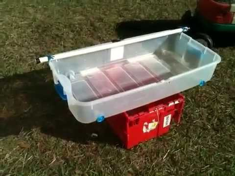 Diy solar powered hydroponic grow bed youtube for Hydroponic grow bed