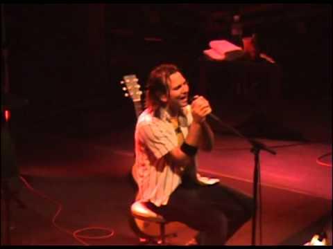 Pearl Jam - Last Kiss (Montreal, 2005)