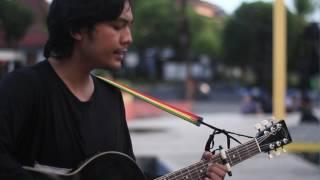 Baixar Ismam Saurus - Limbah Feat. Sardula Kelana (Orang Desa Live Series)