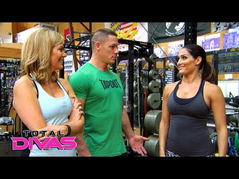 John Cena helps Nikki Bella return to her training regimen: Total Divas Preview Clip, March 15, 2016
