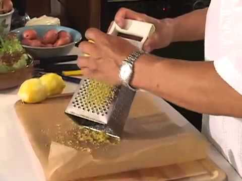 Making lemon zest the easy way