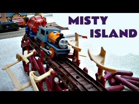 Misty Island Shake Shake Bridge With Thomas The Train DASH & BASH Kids Toy Train Set Thomas Tank