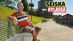 Näin Hymyjen maa -dokumentin Tuomas Kelalla menee: melkoinen muusikko