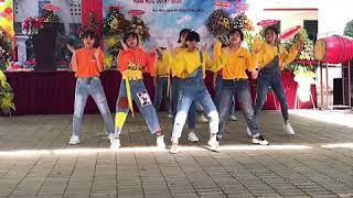 Chú Báo Hồng remix +Trú Mưa+ 999 Đóa Hồng + Mắt Nai Chachacha Remix | DANCE COVER by JUST DANCE Crew
