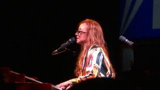 Tori Amos - Abraham, Martin And John/Sweet Chariot/America - Frankfurt 2017 FULL HD