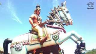 Download Ayyanar Songs - Ooraikakkum - Ellaikaaval Theivangal - L.R.Eswari MP3 song and Music Video
