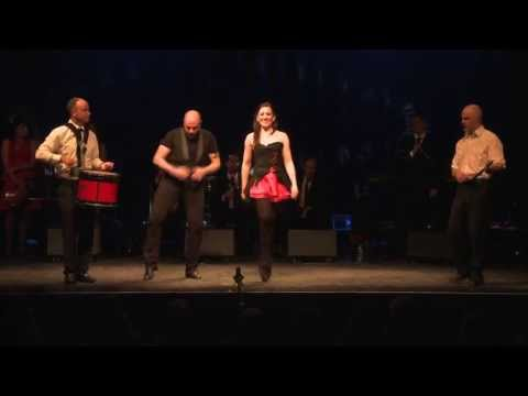 Kilfenora Céilí Band with Dancing: Traditional Irish Music from LiveTrad.com