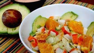 Ensalada Tropical De Aguacate Y Naranja Con Salsa Rosa / Avocado And Orange Salad With Pink Sauce