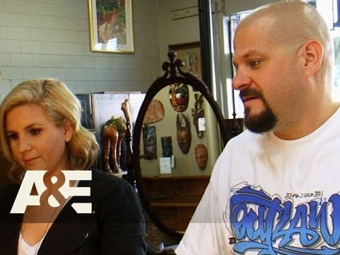 Storage Wars: Jarrod and Brandi's Nude Frankart Antiques (Season 6, Episode 14) | A&E
