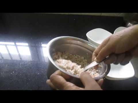 inippu sigappu aval - flattened / beaten rice sweet recipe - sweet poha recipe