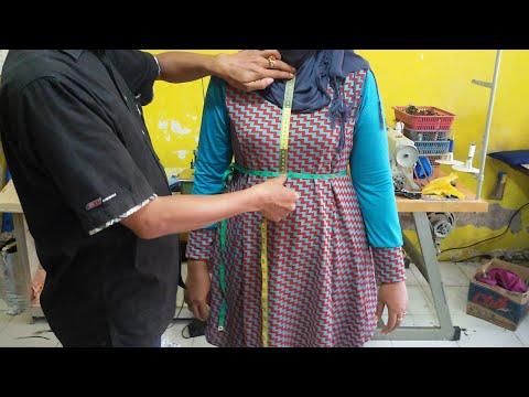 Cara mengukur pakaian wanita.