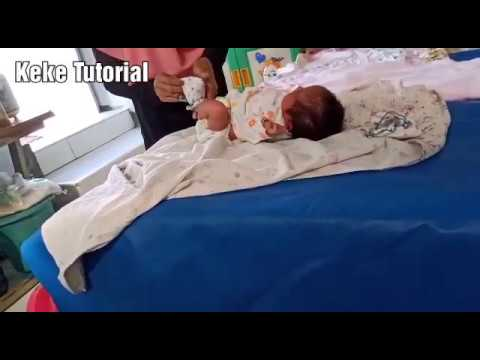 Tutorial Cara Memandikan Bayi Baru Lahir Dengan Baik dan ...