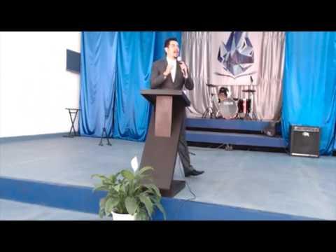 """""""Los 7 beneficios de la amistad con Dios"""" - Dr. Medina"""