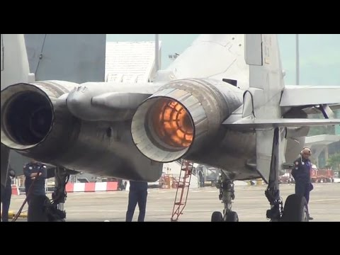 Su-30MKM Startup (LIMA2015) 21.march