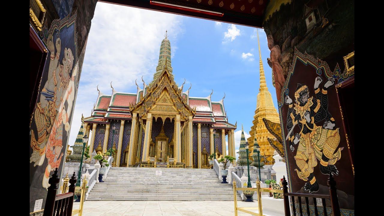 """[4K] 2020 Walk around """"The Grand Palace"""" with out tourists due to covid-19, Bangkok"""