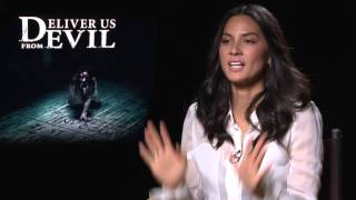 "Deliver Us from Evil: Olivia Munn ""Jennifer Sarchie"" Official Movie Interview"