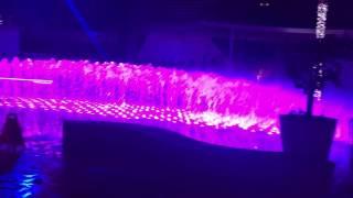 Dubai opera fountain