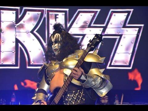 Kiss-Mania bei der Charivari-Discomania