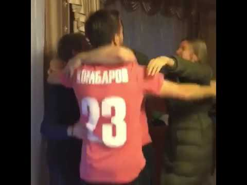 Дмитрий Комбаров празднует чемпионство Спартака