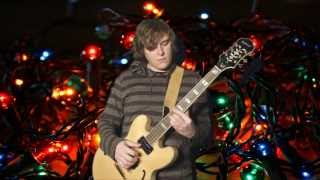 Christmas Jazz Guitar - Here Comes Santa Claus (Right Down Santa Claus Lane)