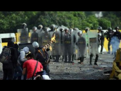 Venezuelan opposition pushes for big turnout in protest vote