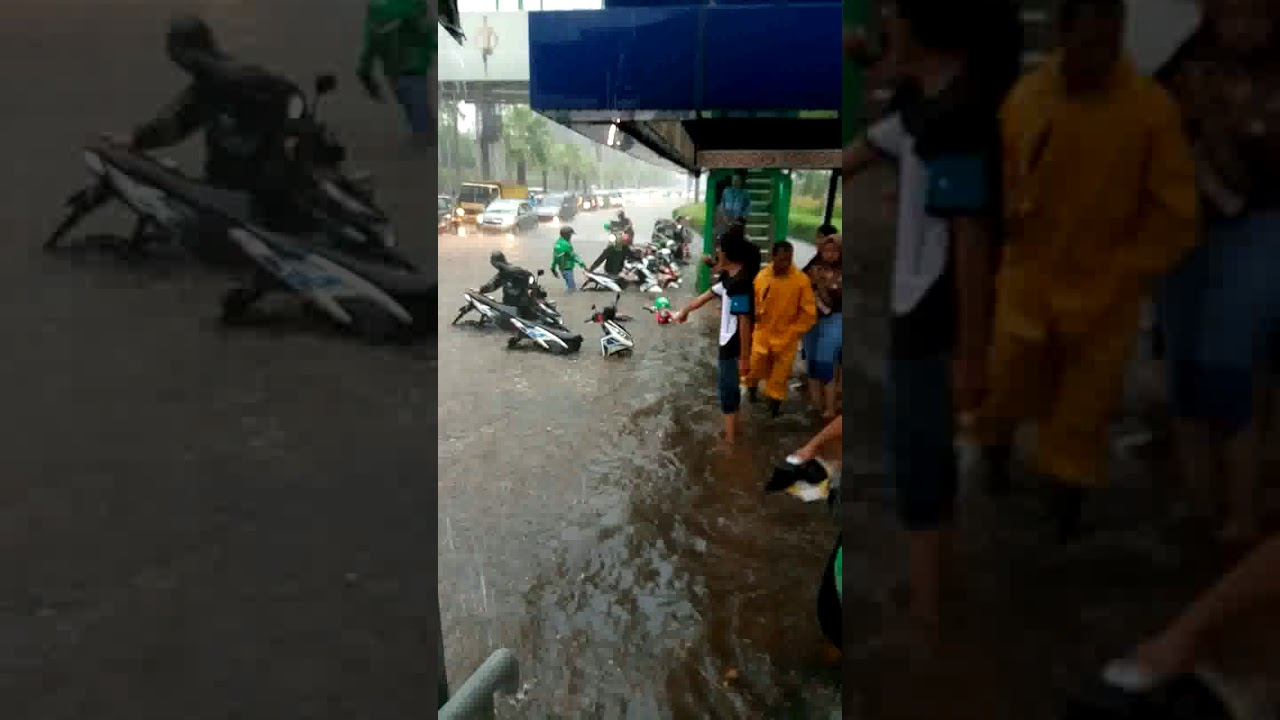 Jakarta banjir lagi - YouTube