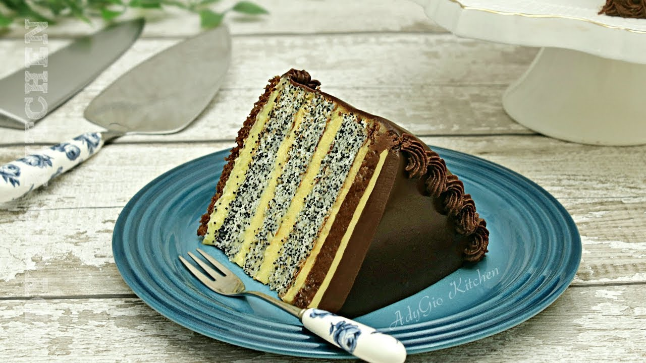 Tort insiropat cu crema de vanilie