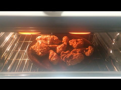 How To Reheat Fried Chicken (Best Way)