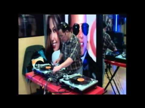 DAVO DJ EN RADIO AMERICA STEREO 104 5 SET ROCK LATINO