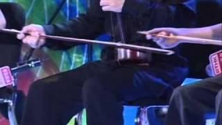 校園藝術大使嘉許禮 2010 - 二胡齊奏《北京有個金太陽》及黃安源訪問