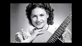 Kitty Wells - **TRIBUTE** - Im In Love With You (1954). YouTube Videos