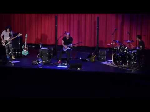 Adrian Belew Power Trio - Never Enough