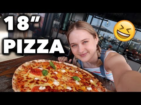 Pauly - Competitive Eating CHICK Eats 18 inch pizza in 4 minutes