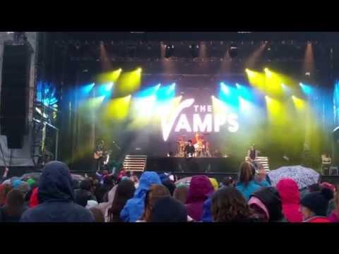 The Vamps Wild Heart and Hurricane, Edinburgh Castle in the Summer Rain, 18th July 2015