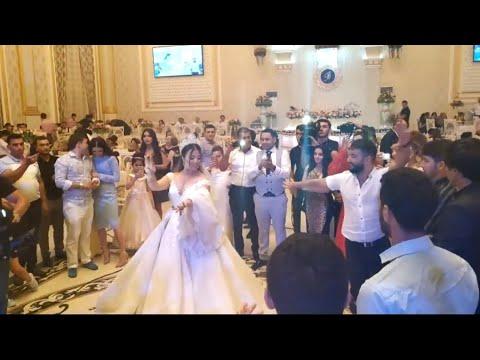 Mohteshem Azerbaycan toyu - Qiz öz rəqsi ilə rəqqaslara meydan oxudu 😍