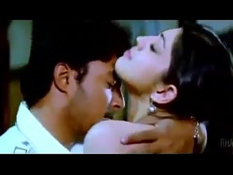 Pranitha Subhash Hot Scene   Praneetha Subhash Hot Navel & Boobs Press