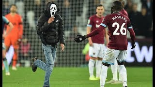 Download Video PITCH INVASION! West Ham vs Spurs Carabao Cup MP3 3GP MP4