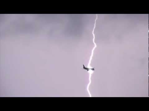 Airplane Struck By Lightning