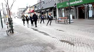 Flashmob marriage proposal in Iceland gone wrong