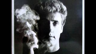 Watch Roger Daltrey The Pride You Hide video