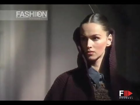 ROMEO GIGLI Fall 1991/1992 Milan - Fashion Channel