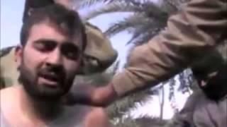 Işid Irak Askerinin Kafasını Kesti +18