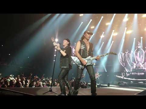 Scorpions - Rock you Like a Hurricane (Monterrey 2016)